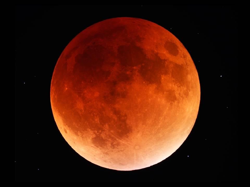 PHOTO Eclipse de Lune Jpeg